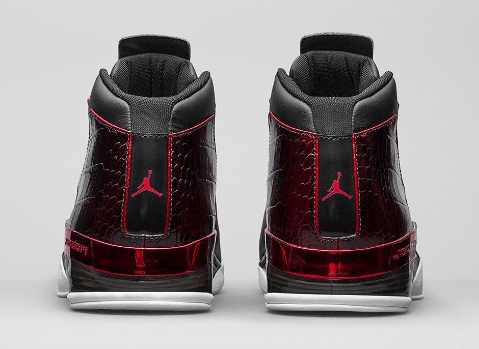 Air-Jordan-17-Retro-Bulls-Black-Red-3.jpg