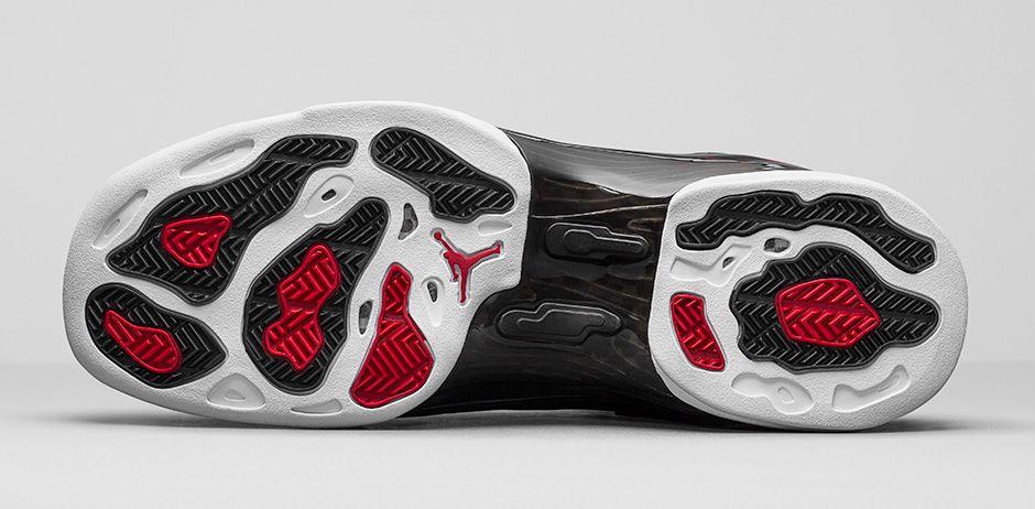 Air-Jordan-17-Retro-Bulls-Black-Red-4.jpg